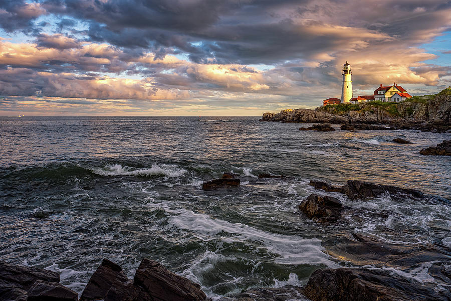 Last Light At portland Head by Jeff Sinon