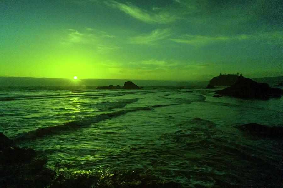 Last Peak Of The Sun On Ruby Beach Photograph