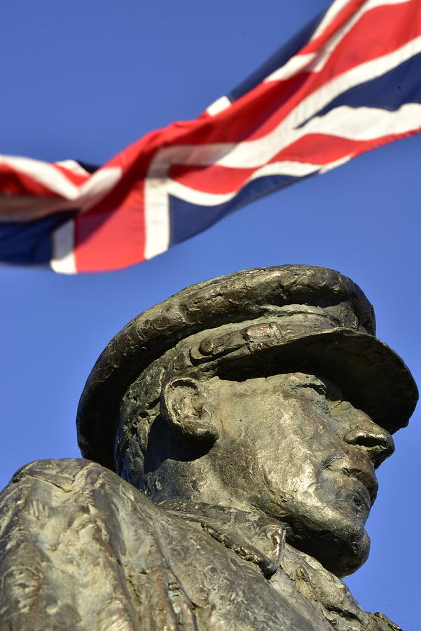 Lieutenant Colonel Robert Blair Mayne Dso Three Bars Statue Photograph
