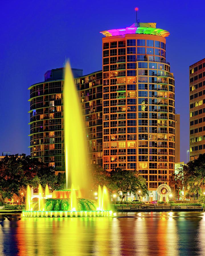 Linton Allen Lake Eola Memorial Fountain At Dusk - Orlando Florida Photograph