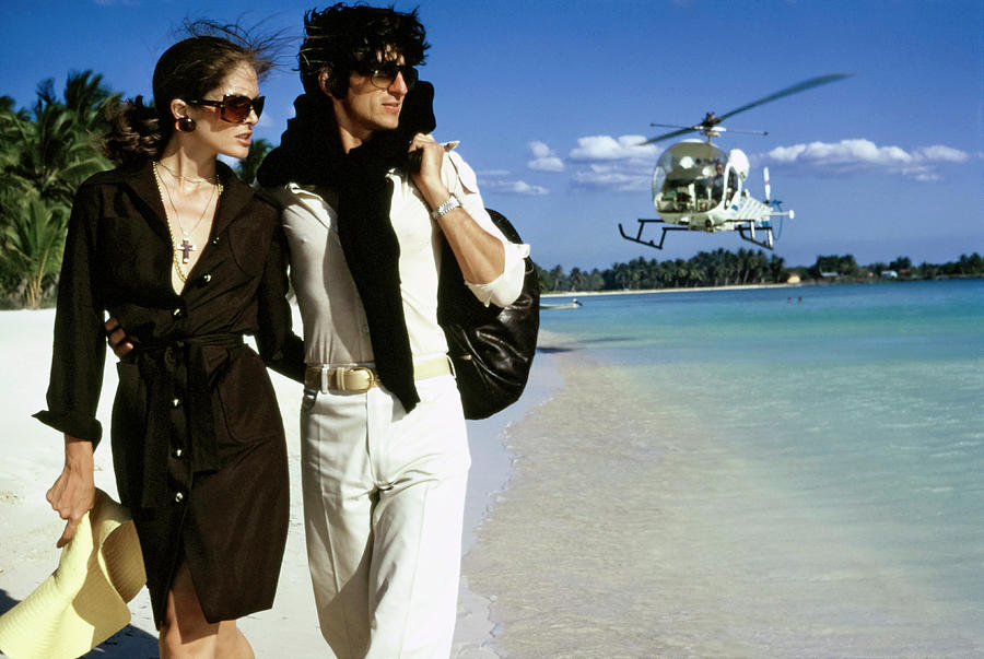 Lois Chiles and Sam Waterston in the Dominican Republic Photograph by Chris von Wangenheim