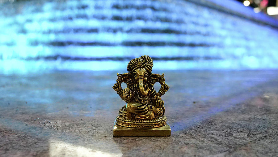 Lord Ganesha at Winter Lights show 2020 at Canary Wharf blue lights by Santosh Puthran