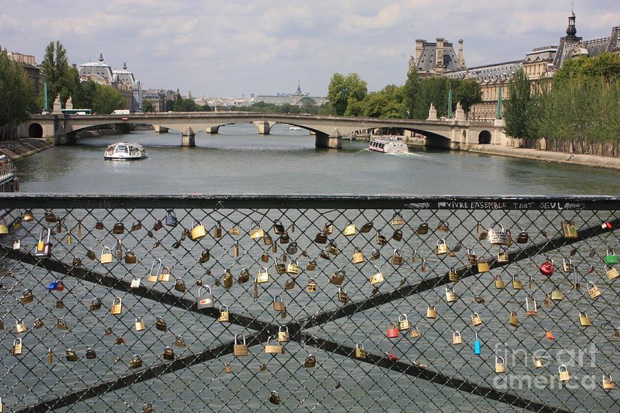Love Paris by Carol Groenen