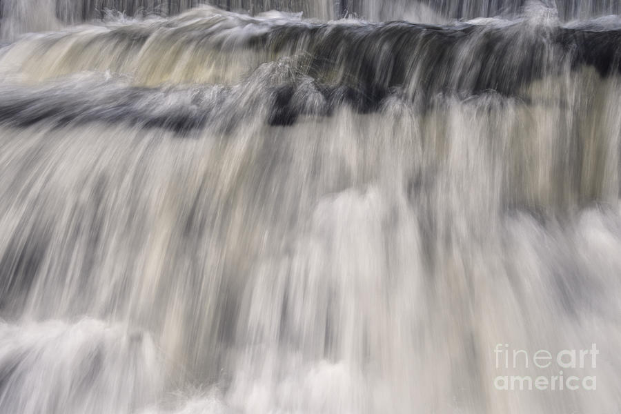 Lower Piney Falls 4 by Phil Perkins
