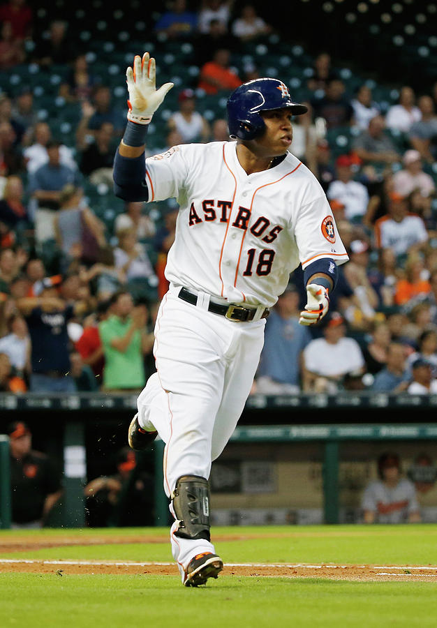 Luis Valbuena Photograph by Scott Halleran