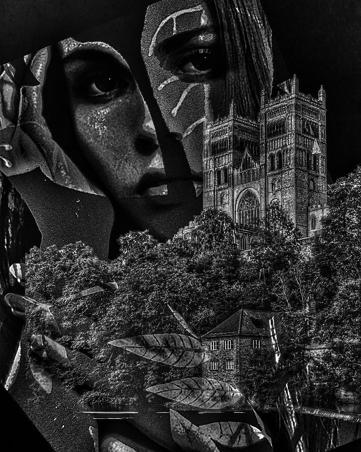 Surrealism Digital Art - Luna III by Gunilla Munro Gyllenspetz