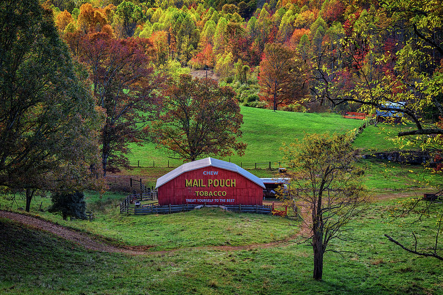 Mail Pouch Tobacco Barn by Rick Berk