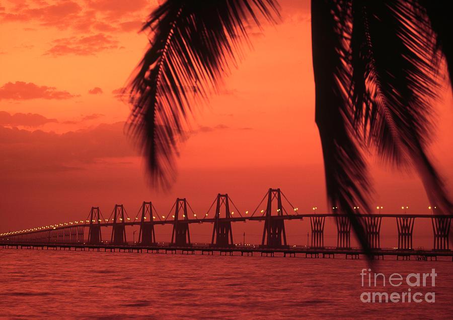 Maracaibo Bridge by Juan Silva