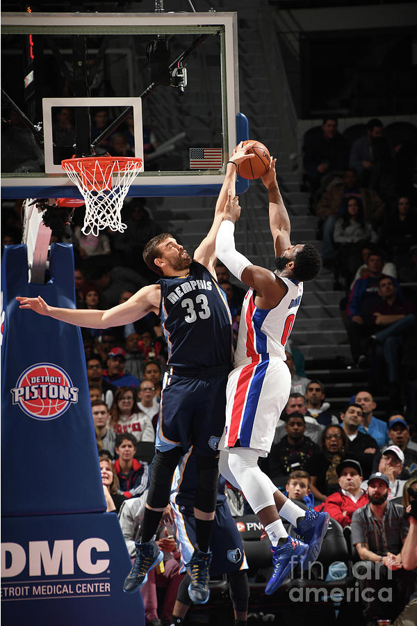 Marc Gasol and Andre Drummond Photograph by Chris Schwegler