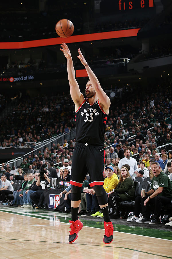 Marc Gasol Photograph by Gary Dineen