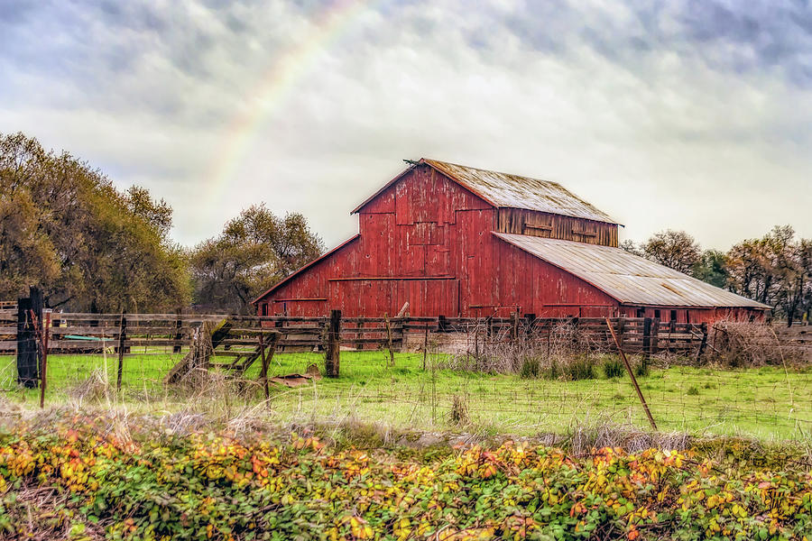 Marysville Red Barn by William Havle