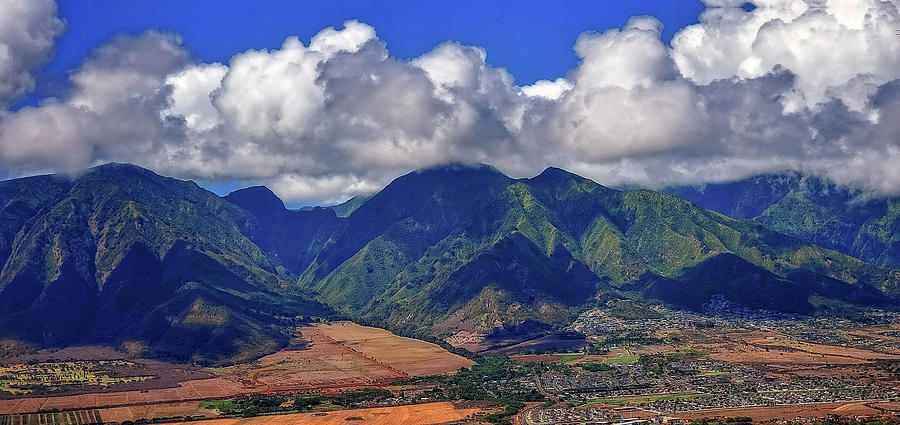 Maui Mountains by Eric Wiles