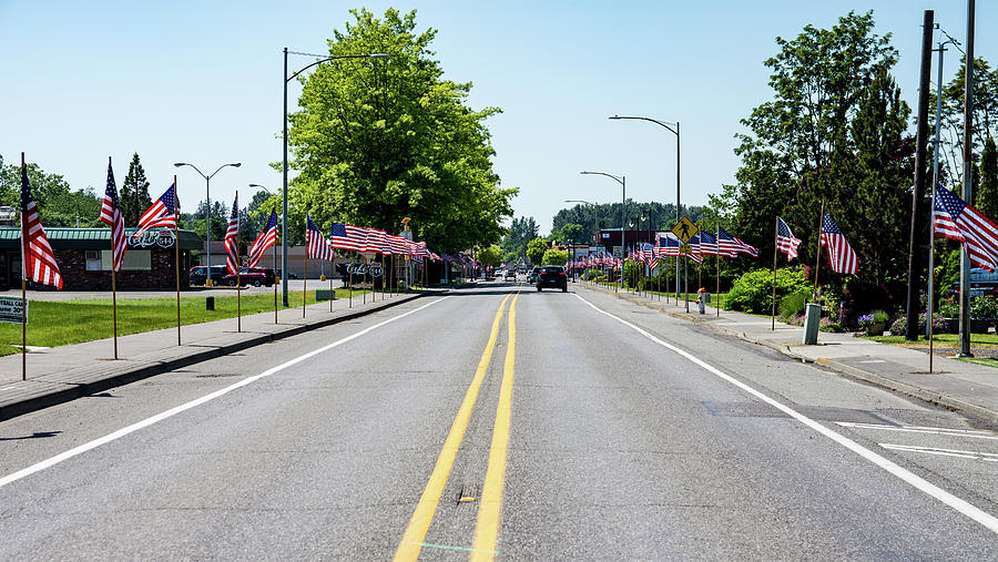 Memorial Day Traffic in Everson by Tom Cochran