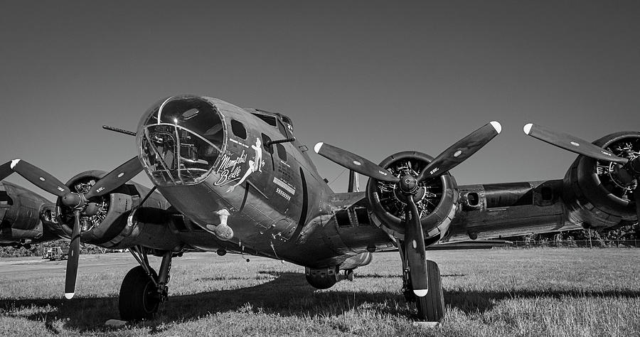 Memphis Belle by Philip Rispin