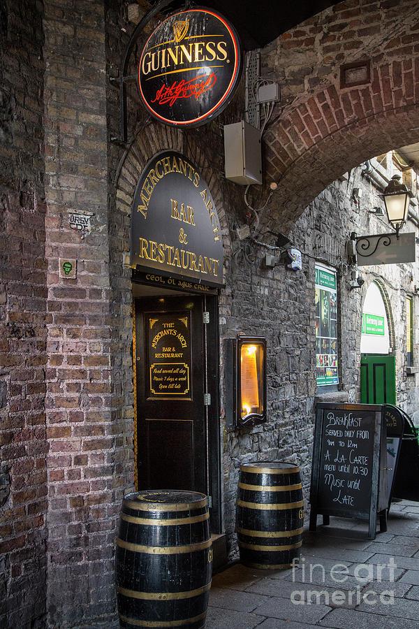 Merchants Arch Bar - Dublin Ireland Photograph