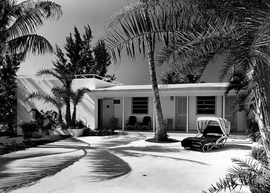 Miami Beach House with Palm Trees Photograph by Samuel H Gottscho