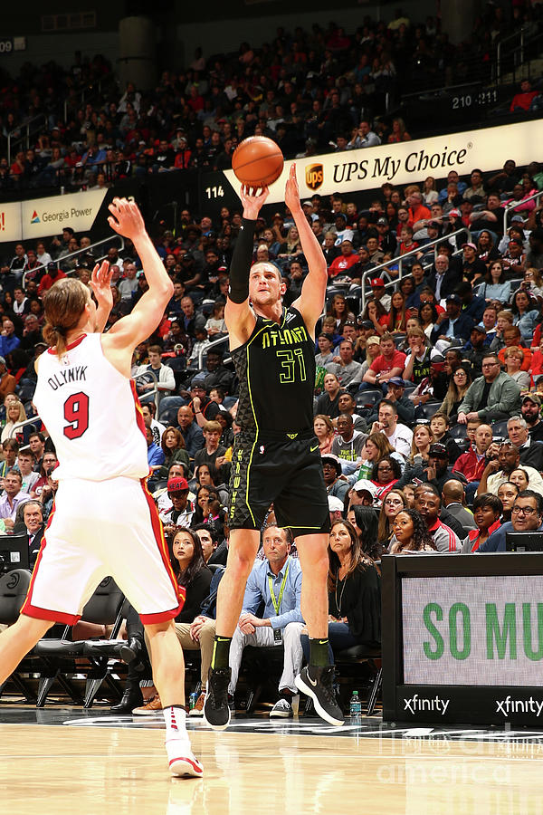 Mike Muscala Photograph by Kevin Liles
