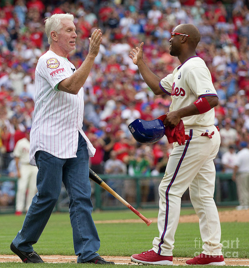 Mike Schmidt And Jimmy Rollins Photograph by Mitchell Leff