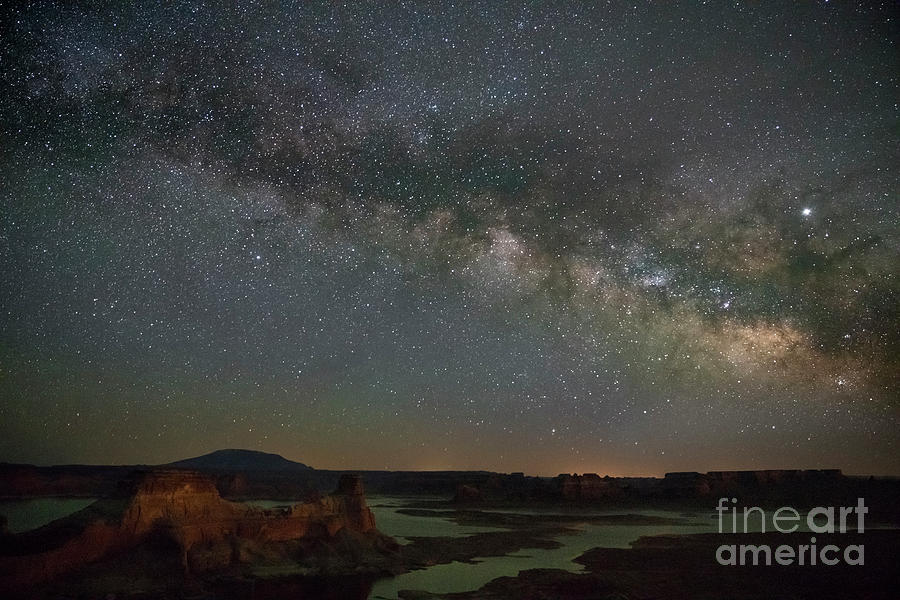 Milkyway over Alstrom Point by Keith Kapple