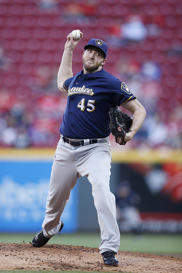 Milwaukee Brewers v Cincinnati Reds Photograph by Joe Robbins
