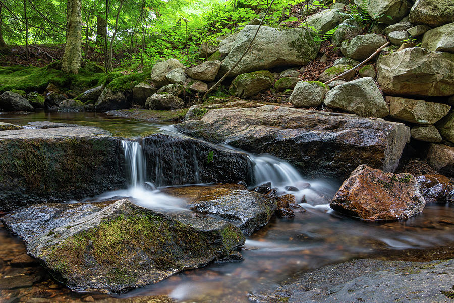 Hudson Valley Photograph - Mini Falls on the Coxing Kill by Jeff Severson