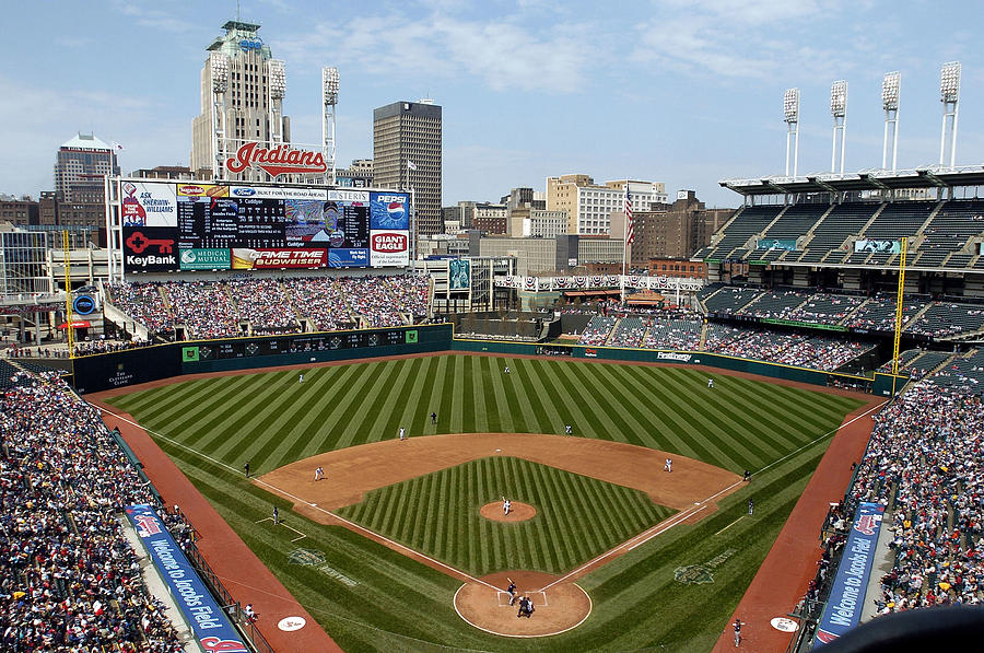 Minnesota Twins v Cleveland Indians Photograph by David Maxwell