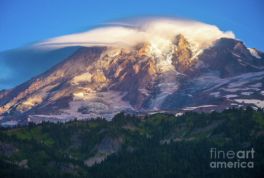 Mount Rainier Lenticular Cloud Photograph