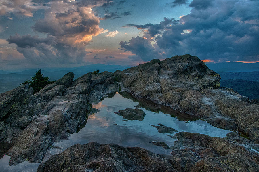 Blue Ridge Mountains Photograph - Mountain Evening by Melissa Southern