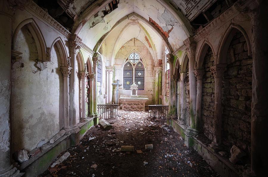 Neo Gothic Chapel by Roman Robroek