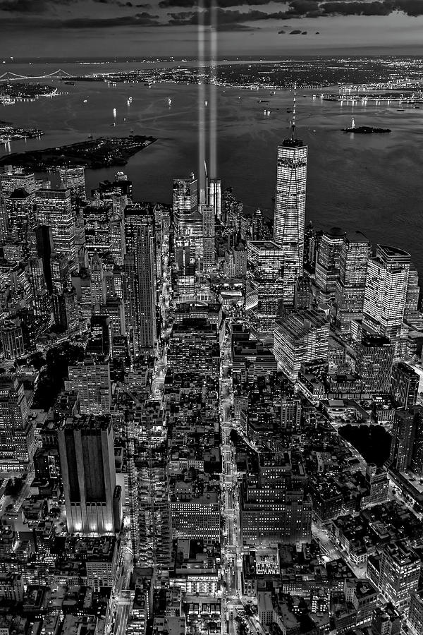 New York City Remembers September 11 - BW by Susan Candelario