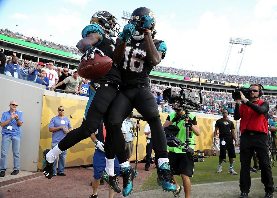 New York Giants v Jacksonville Jaguars Photograph by Rob Foldy