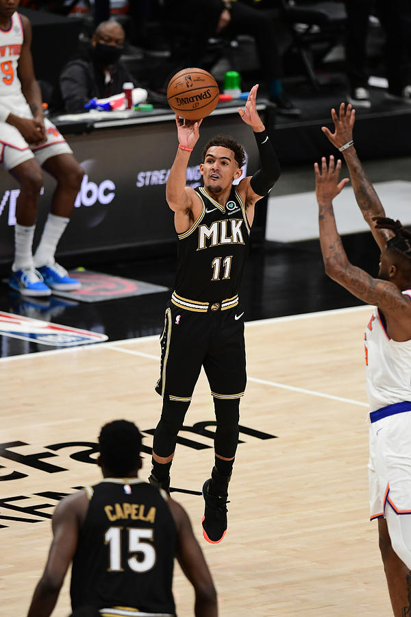New York Knicks v Atlanta Hawks - Game Four Photograph by Adam Hagy