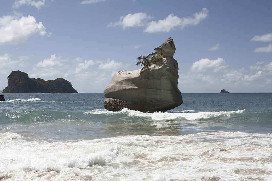 New Zealand, Coromandel, Cathedral Cove, Rock formation in ocean Photograph by Heidi Coppock-Beard