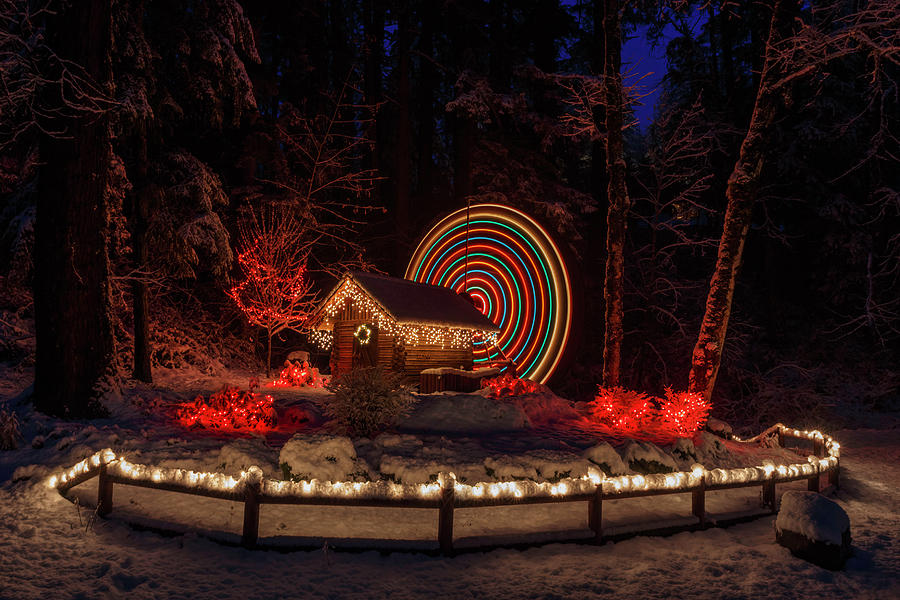 Niagara Heights Water Wheel Christmas by Wes and Dotty Weber