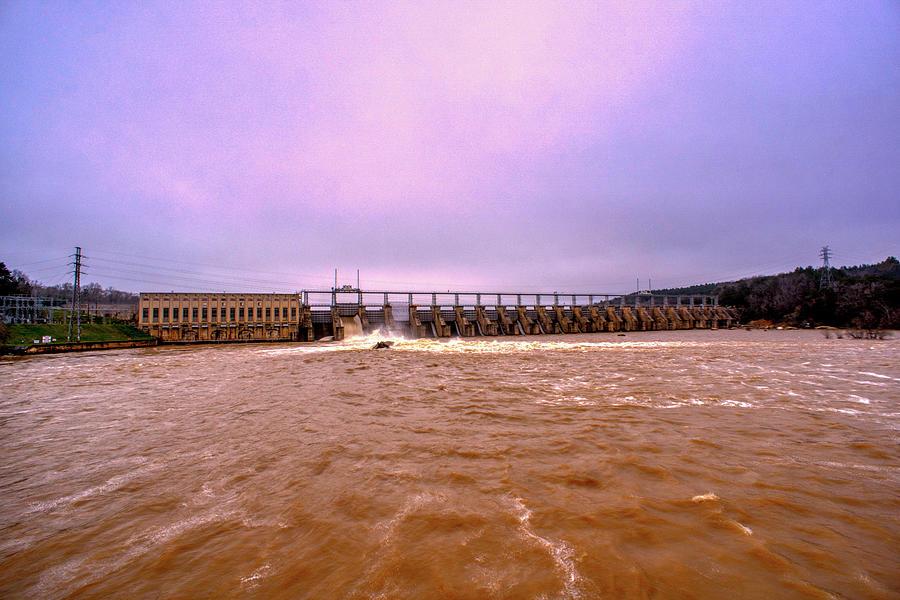 Nitrolee Dam by Daniel Brinneman