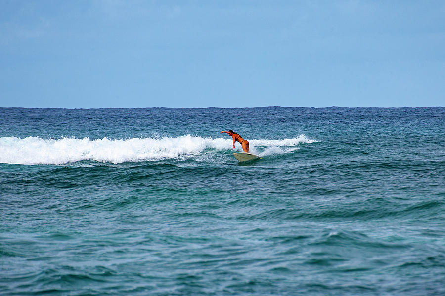 North Shore Small Surf by Anthony Jones