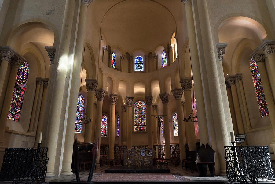 Notre-Dame du Port in Clermont-Ferrand, Choir #2 by RicardMN Photography