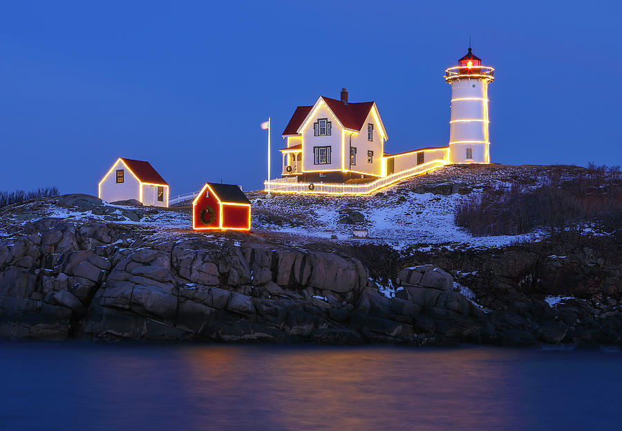 Nubble Light with Holidays Decoration by Juergen Roth