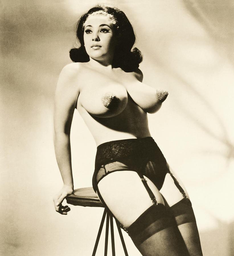Nude burlesque