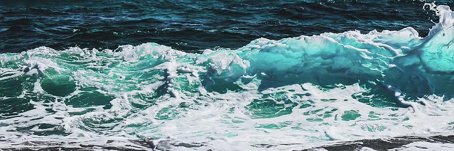 Ocean Wide Mixed Media