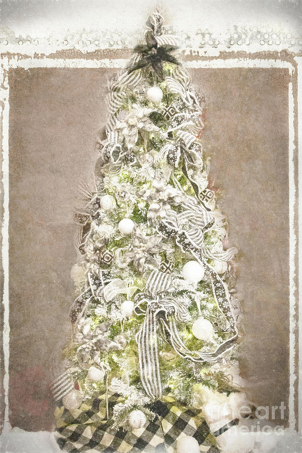 Christmas Photograph - Oh Christmas Tree  by Marilyn Cornwell
