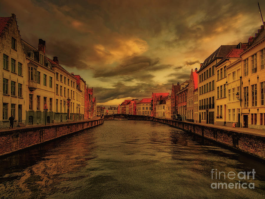 Brugge Photograph - Once upon a time in Brugge by Leigh Kemp