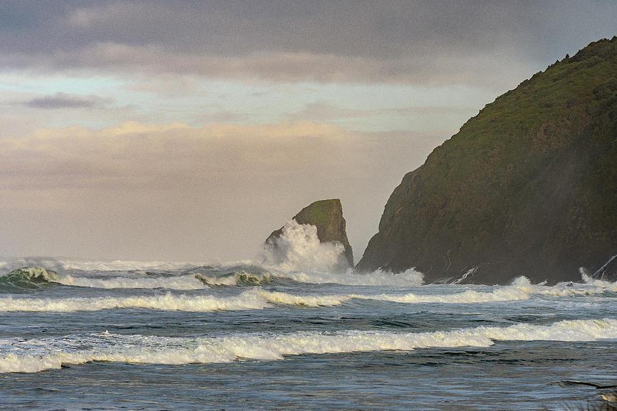 Pacific Splash by Matthew Irvin