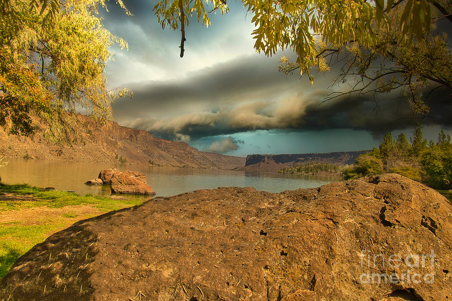 Palisades Storm by Stan Townsend