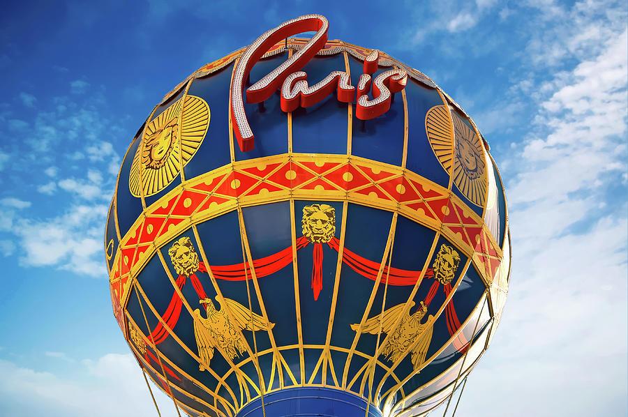 Paris Balloon by PAUL COCO