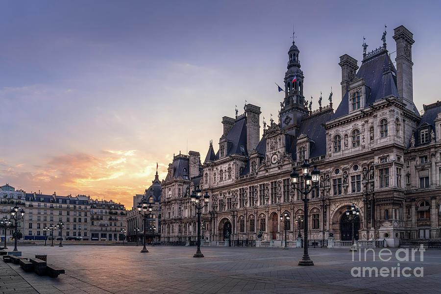 Paris Photograph - Paris Hotel de Ville Sunrise by Thomas Speck