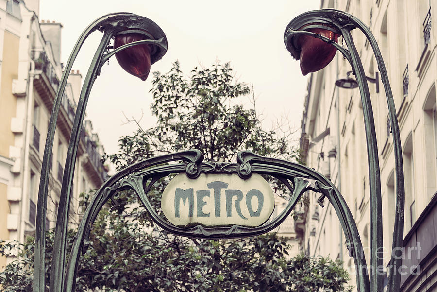 LANDMARK COMPOSITION METRO SIGN PARIS FRANCE Poster Retro Canvas art Prints