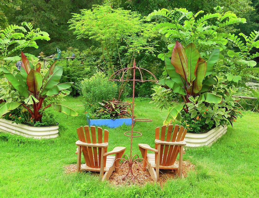 Peaceful Garden At Meadowlark Photograph