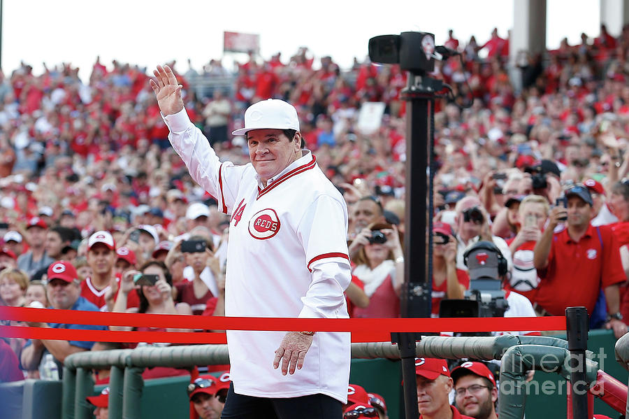 Pete Rose Photograph by Kirk Irwin