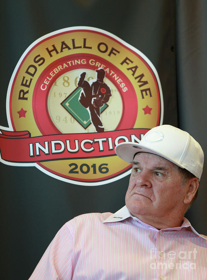 Pete Rose Photograph by Mark Lyons